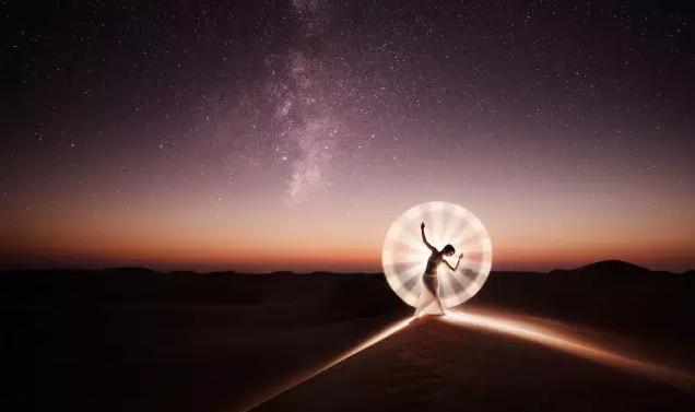 【摄影技巧】光绘摄影最细攻略!